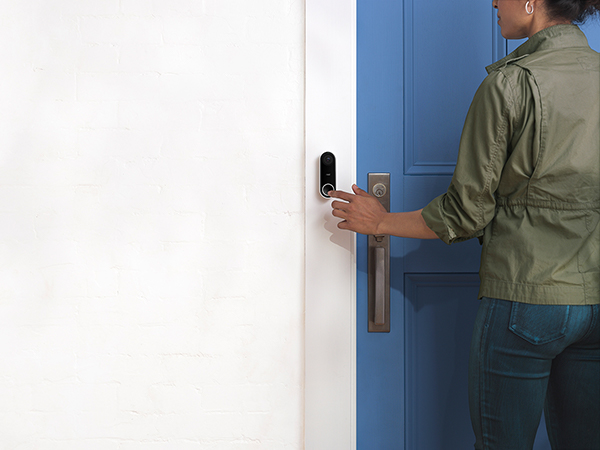 nest-doorbell-blue-door-600