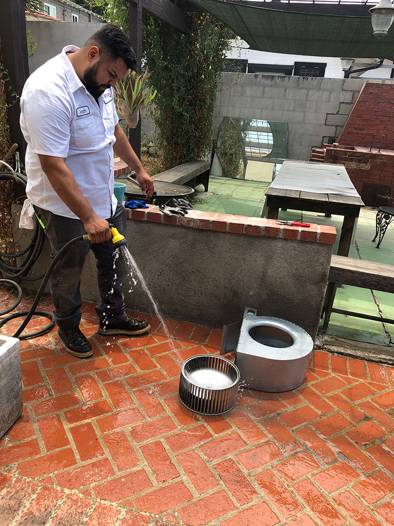 cleaning hvac parts